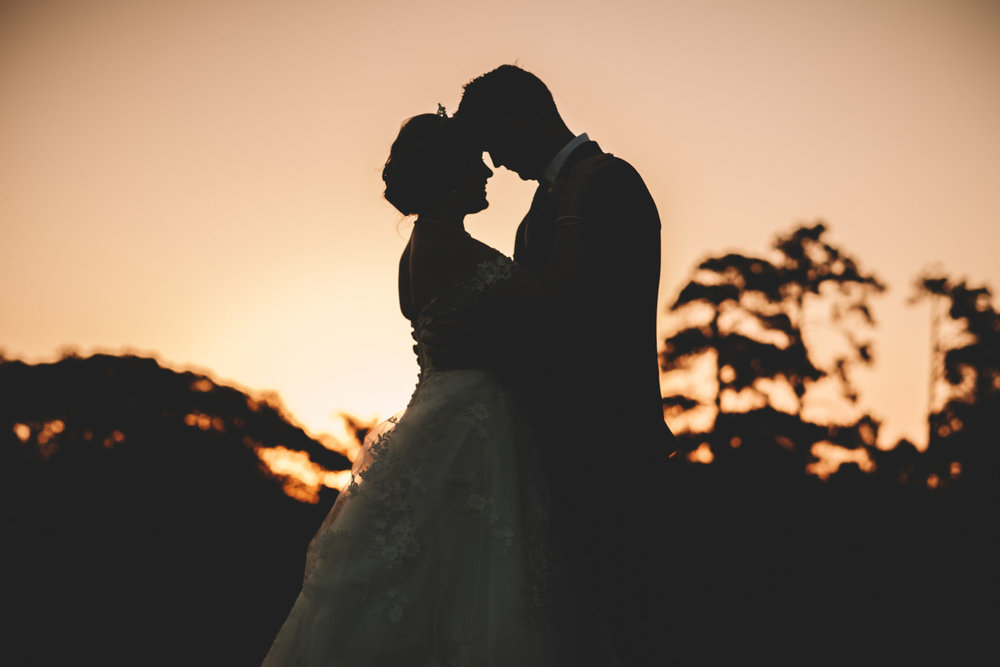 Mount Edgecombe Wedding Photography RBadal golf course bride and groom silhouette