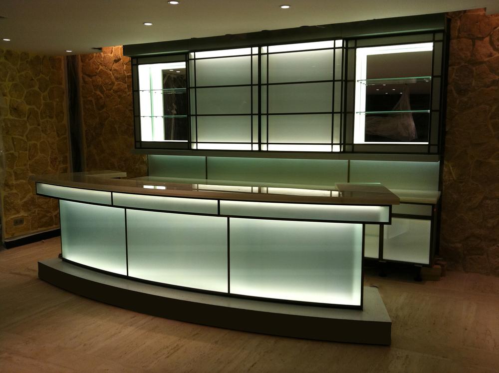 Jeddah-bar.jpg