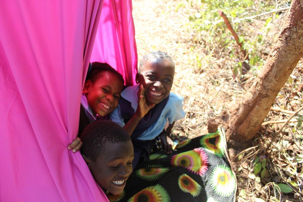 Kinder Tents