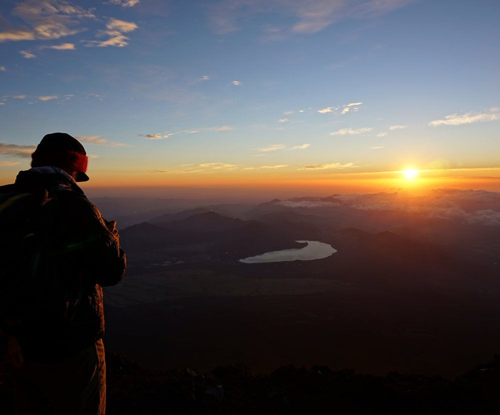 fuji_summit_sunrise