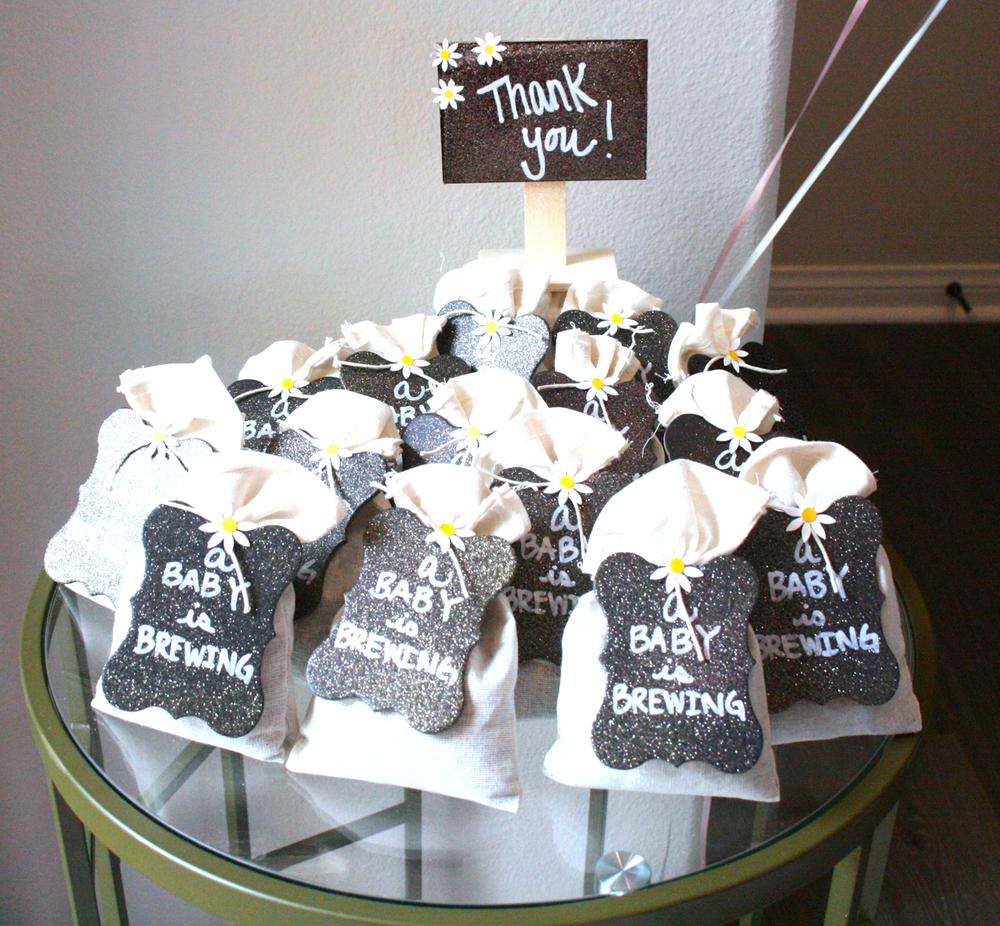 Loose lead tea gift favors