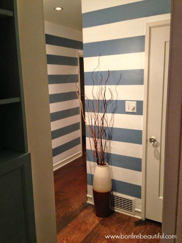 diy-striped-wall