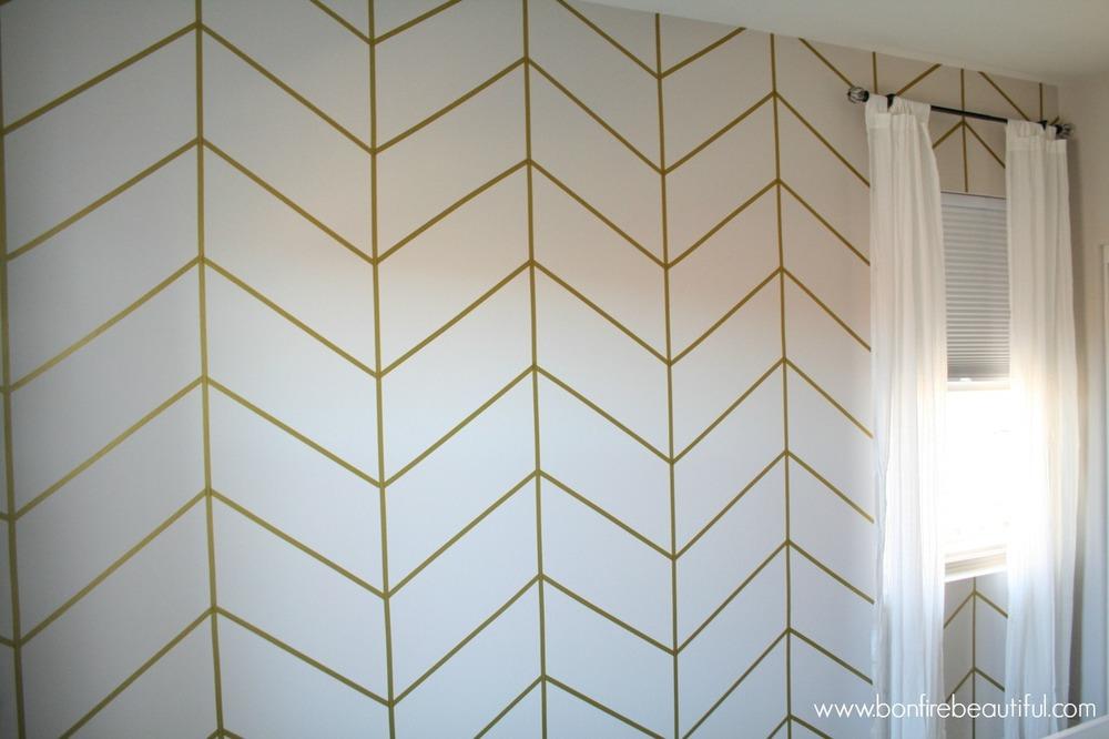 DIY- herringbone-wall-wallpaper-nursery