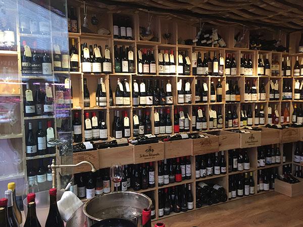 Vinoteca Tierra, Mercado de la Paz, Madrid