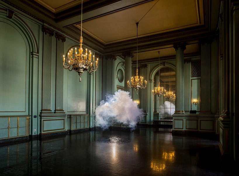 berndnaut-smilde-floats-nimbus-series-at-waterschei-designboom-13