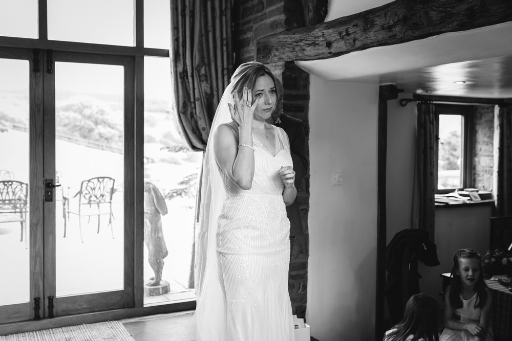 Steven Parry Photography / Bride Crying