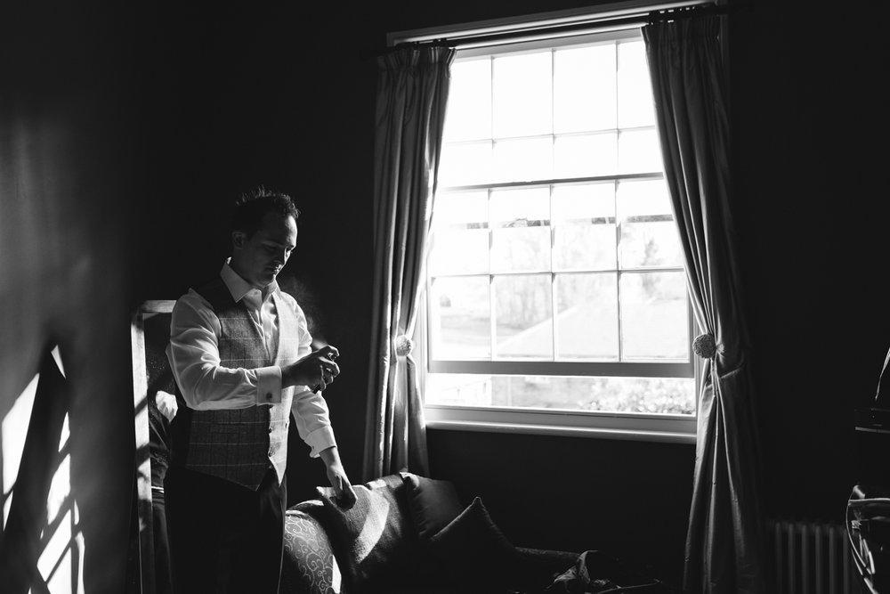 Steven Parry Photography / Groom Getting Ready / Garthmyl Hall