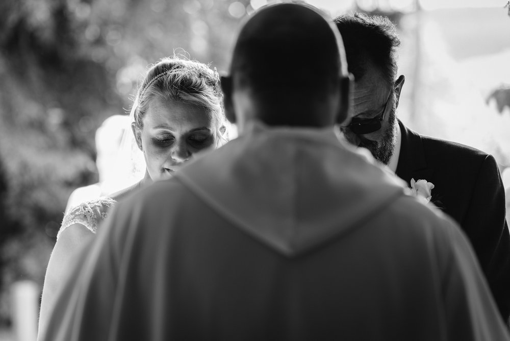 Steven Parry Photography / Bride & Father Praying at Church