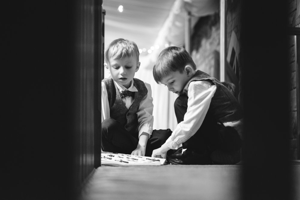 Steven Parry Photography / Children Playing at Wedding / Craig Y Nos Castle