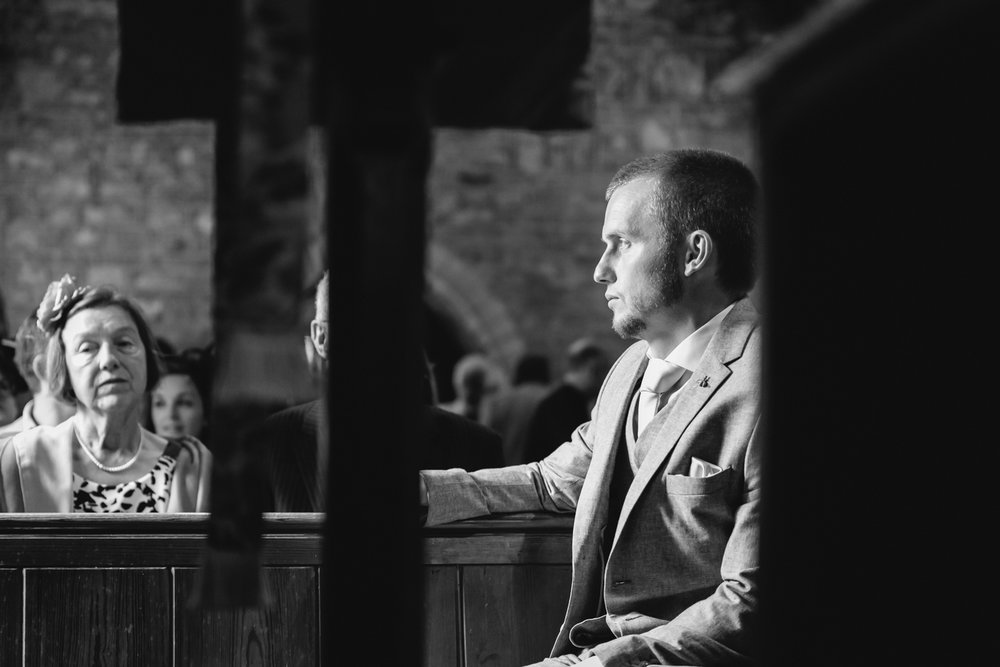 Steven Parry Photography / Groom Waiting at Church for Bride