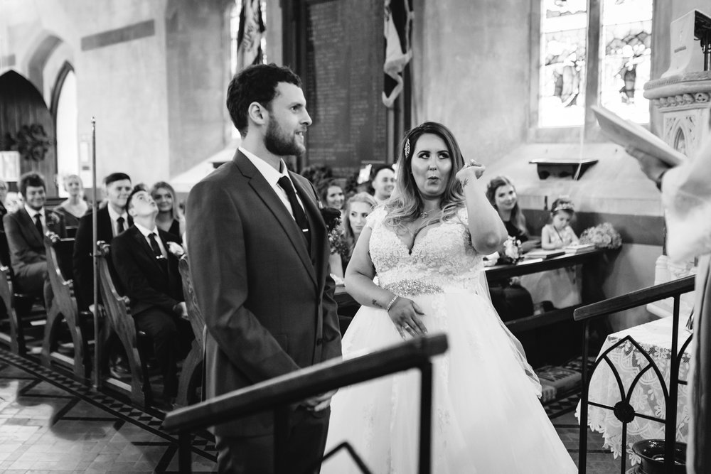 Steven Parry Photography / Bride & Groom at Altar