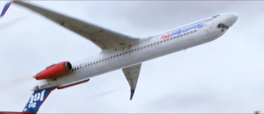 Flight-Plane-Upside-Down