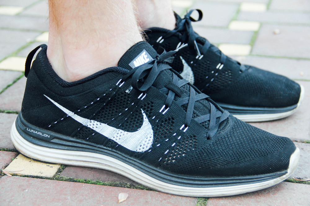 pretty nice 1c49e f827a ... get the nike flyknit lunar 1 in black white flywire in contrast white  ca2a0 603d2