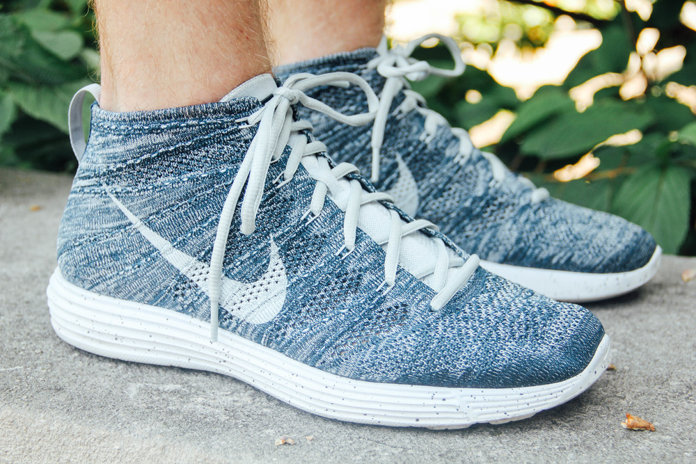 The Nike Lunar Flyknit Chukka in Squadron Blue/Pure Platinum