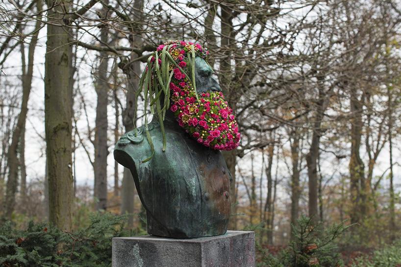 geoffroy-mottart-flower-busts-designboom-02.jpg