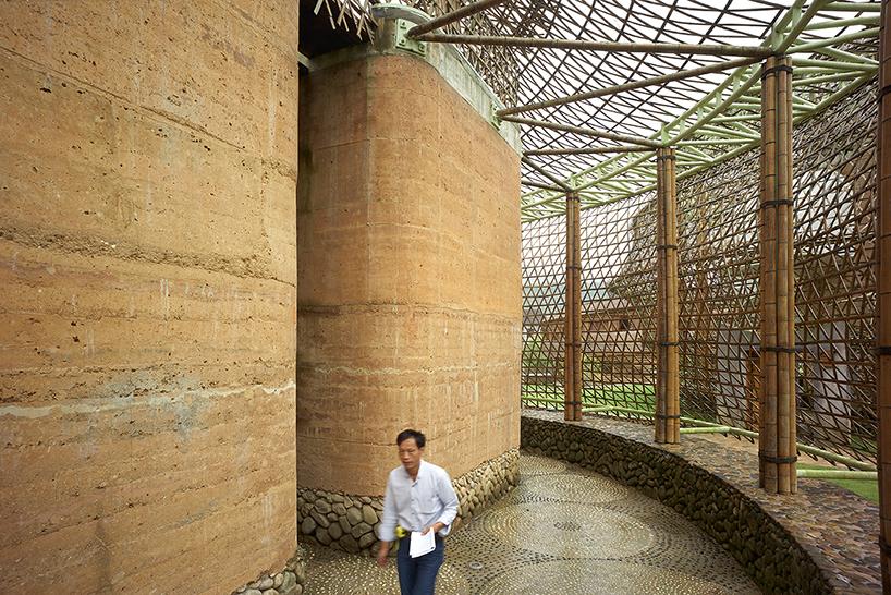 international-bamboo-architecture-biennale-xitou-village-china-designboom-09.jpg
