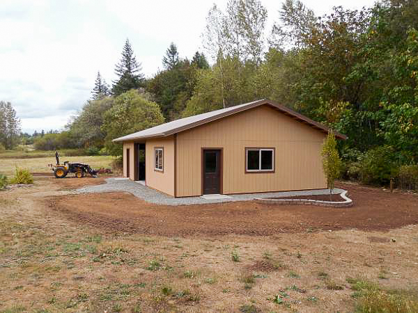 cute workshop, bellingham, lynden, post frame construction, barn builder, garage, carport, ferndale
