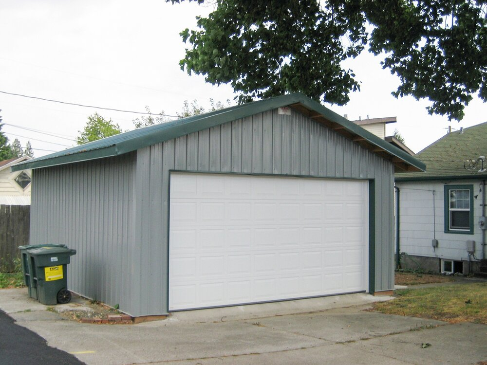 20' x 22' One Car Garage in Bellingham  Garage #9  Texmo Pole Building by Alvord-Richardson Construction.  Serving Whatcom, Skagit, San Juan and Island Counties since 1965.  Give us a call for your free estimate today!