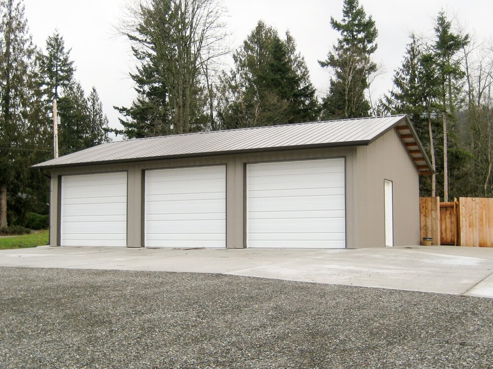24' x 36' x 10' 3 car garage in Whatcom County  Garage #18  Texmo Pole Building by Alvord-Richardson Construction.  Serving Whatcom, Skagit, San Juan and Island Counties since 1965.  Give us a call for your free estimate today!