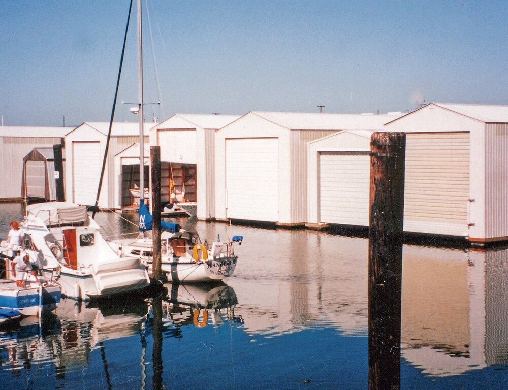 Flaoting Boathouses Alvord.jpg