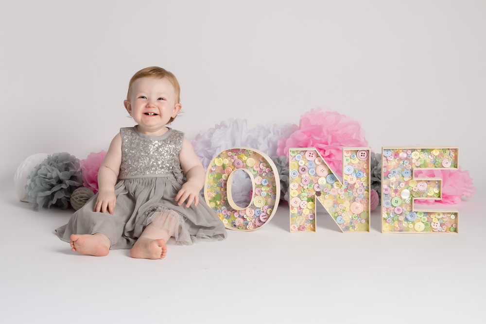 first-birthday-photos-studio