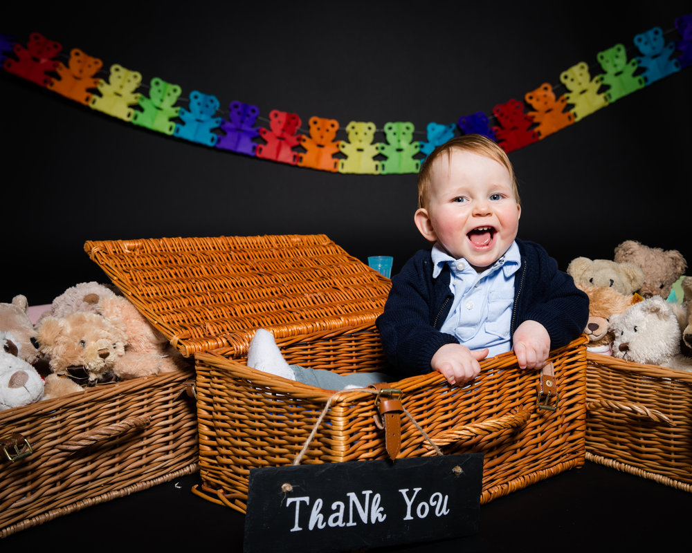 teddy-bear-picnic-themed-birthday-photoshoot