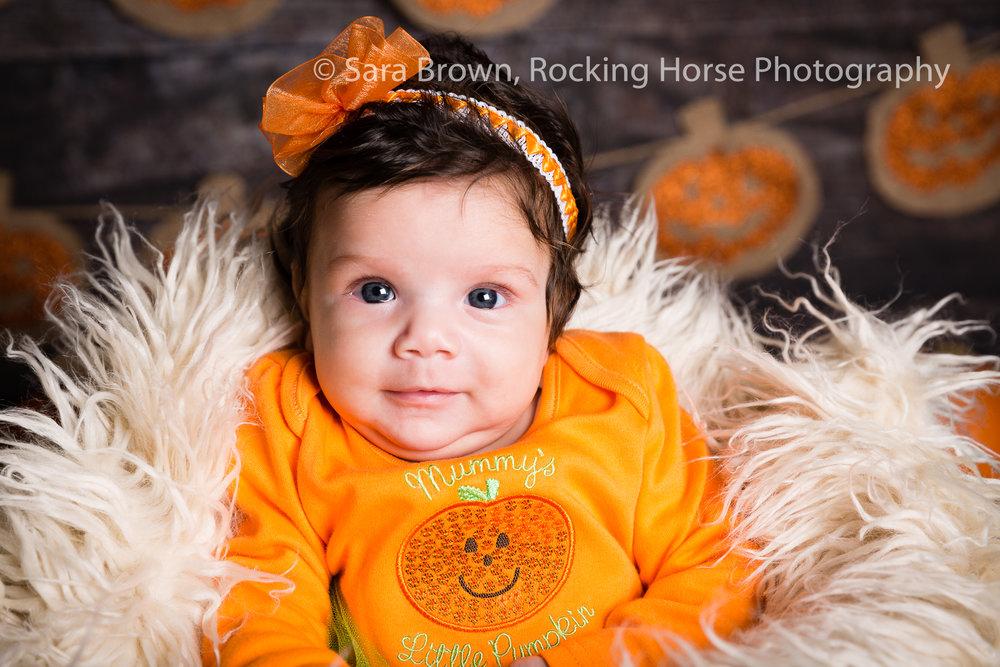 newborn-baby-pumpkin-image-3L4A2950.jpg