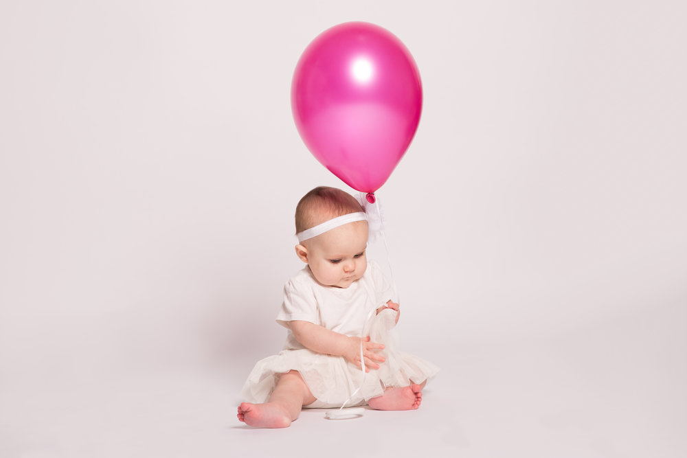 baby-photo-birthday-pink-balloon
