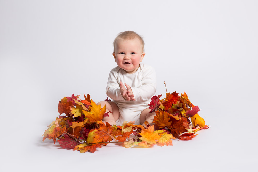 autumn-leaves-september-themed-baby-photo