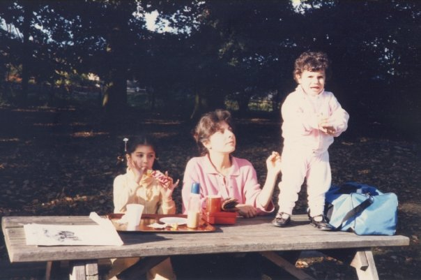 family-picnic-image-good-times