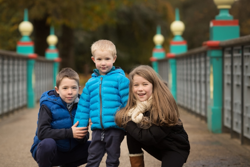 siblings on bridge