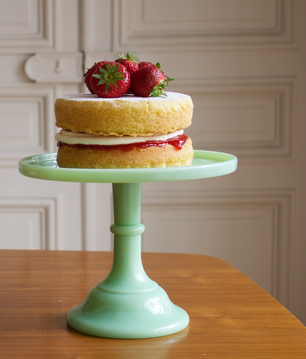 Victoria Sponge Cake with strawberry jam.