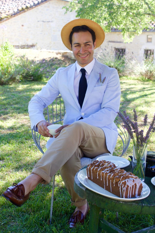 cakeboy in garden