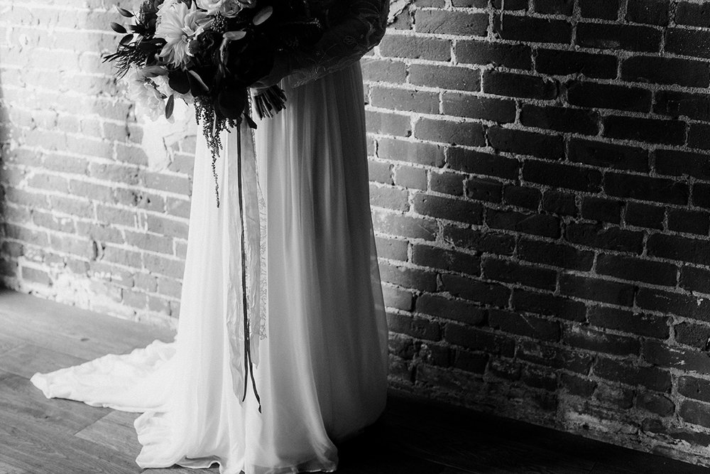 LoftOnPineLongBeachWeddingRandBDawnCharlesPhotographer-175.jpg