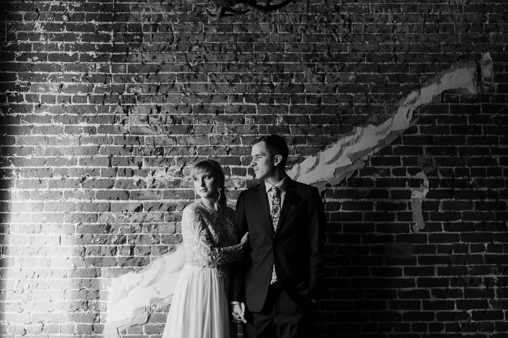 LoftOnPineLongBeachWeddingRandBDawnCharlesPhotographer-173.jpg