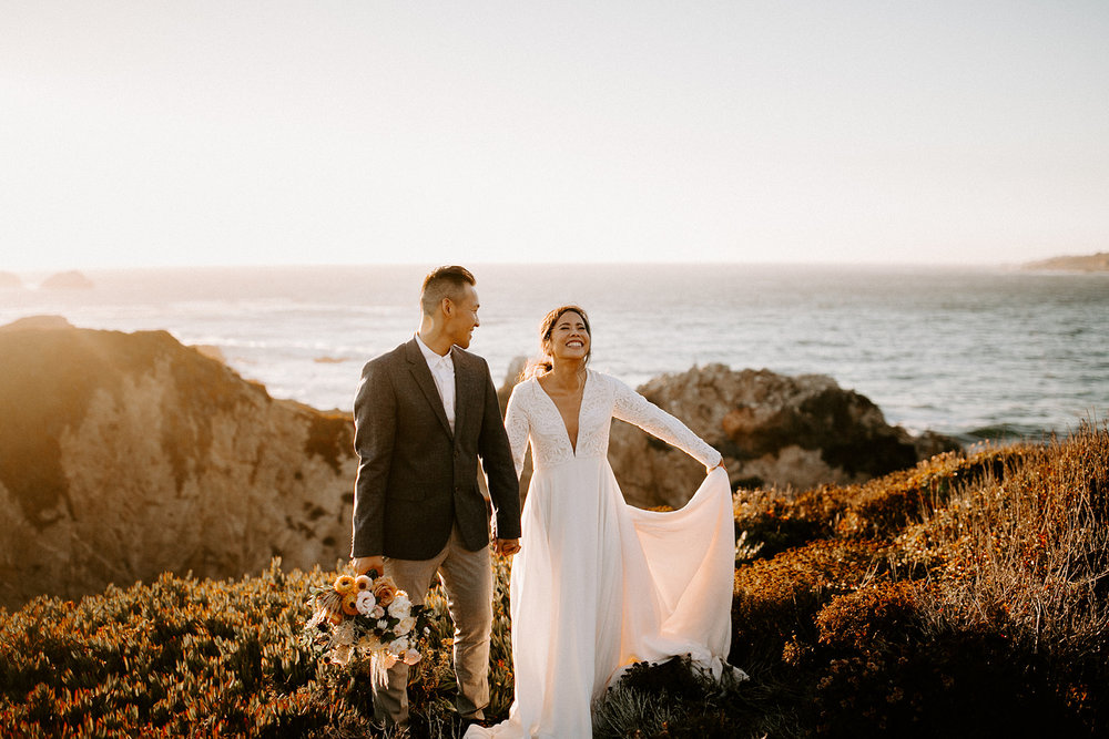 Need some inspiration for a bridal session? Click to browse through this Big Sur Bridal Session with Yen and James, photographed by Dawn Charles, Oregon based photographer and educator