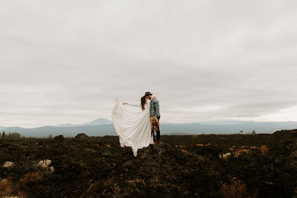 An elopement in Bend, OR