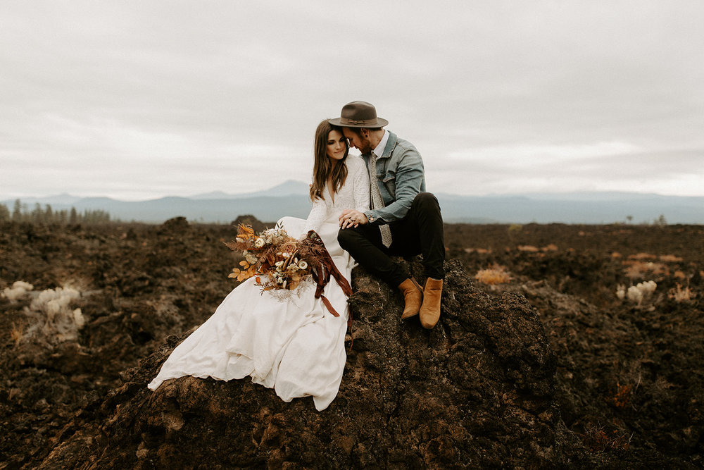 An adventurous bridal session in Bend