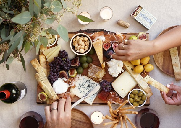 I hope your holiday weekend is filled with great food and great company! . . . . #fourth #family #cheeseplate #america #holidayweekend #cheese #wine #baguette #july4th #4thofjuly #friends #mainline #jerseyshorelocal