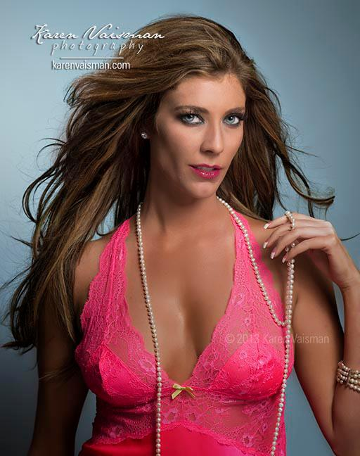 Want a Hot Pink Boudoir Photo for Hubby? Calabasas - Thousand Oaks (818) 991-7787