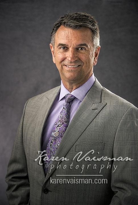 Executive Portraits - 818-991-7787 - Calabasas, California - Karen Vaisman Photography
