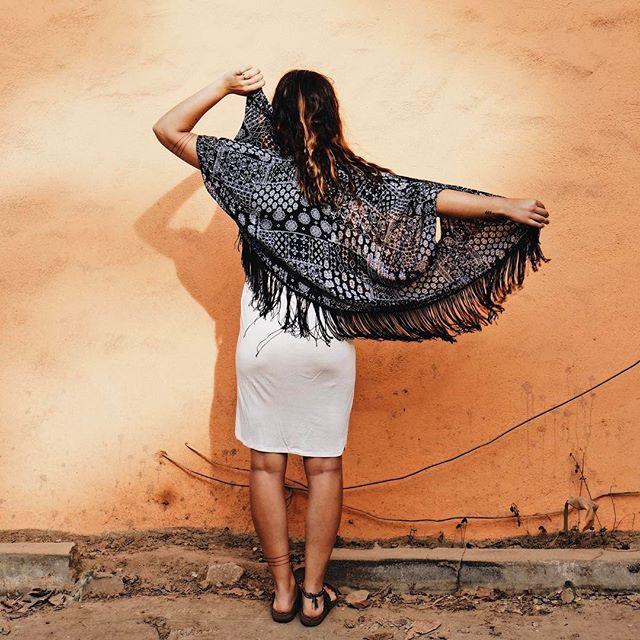 A cool kimono but an even cooler chick 👆🏻{no brand kimono, one size, $30}