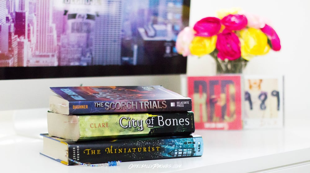 What I'm Currently Reading 1.13.16 | OfficiallyPhoebs Blog