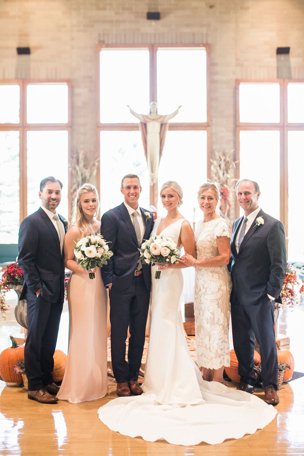 Wedding Family Photos Ivory and Bliss Photography.jpg