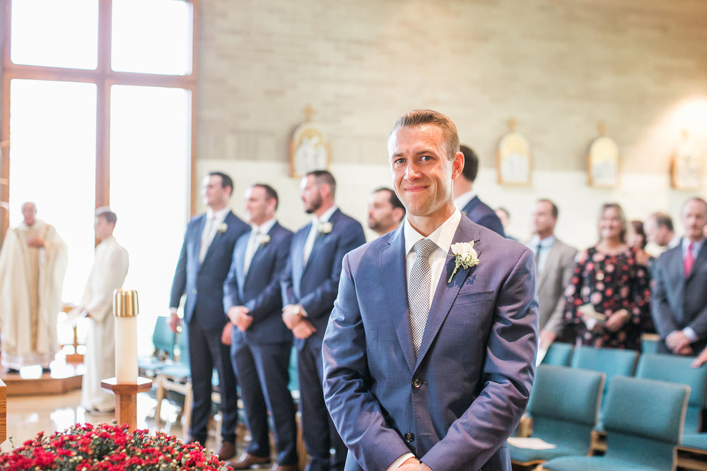 Groom-Ivory+Bliss-Photography