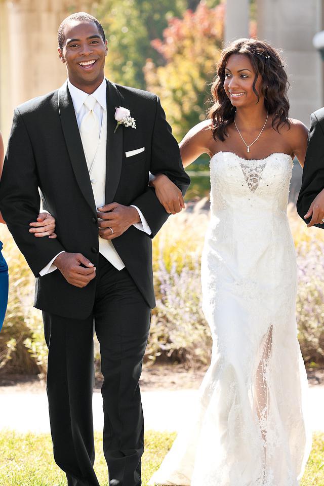 wedding-tuxedo-black-cyprus-822-3.jpg