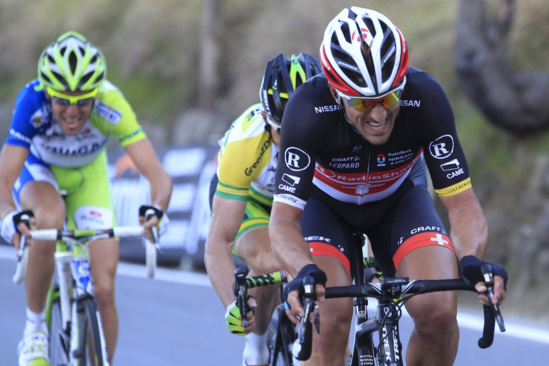 Freight train Fabian Cancellara on the run into San Remao