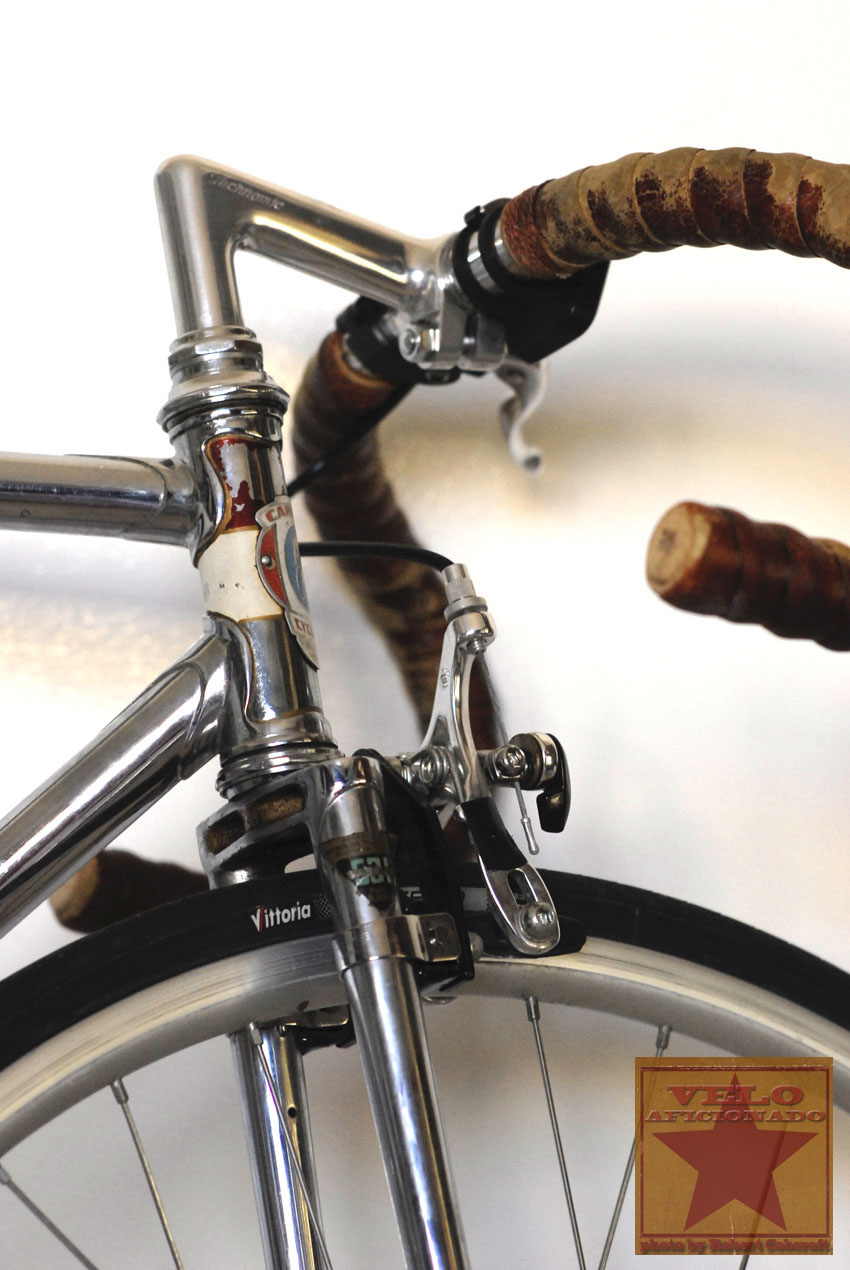 head-tube-carlton-track-bike.jpg