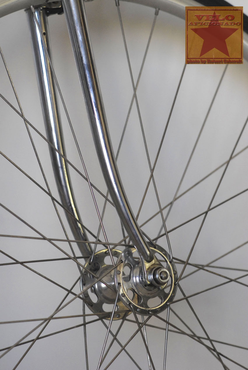 zeus-bicycle-high-flange-hub.jpg