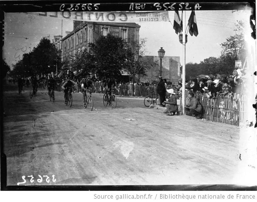 étape Brest-Les 1926 Sables d'Olonne arrivée de Frantz aux Sables d'Olonne